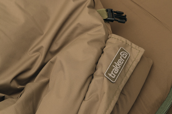 DETAIL 04 tc trakker oval review