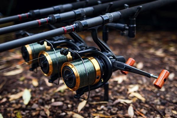 DAIWA Carp Fishing Big Pit Reel Emblem 45 SCW QD
